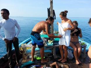 Rip Tide Vacation Inn Maldives Islands - Nearby Transport