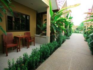 Panpen Bungalow Phuket - Inne i hotellet