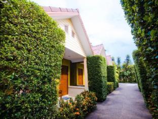 Panpen Bungalow Phuket - Utsiden av hotellet