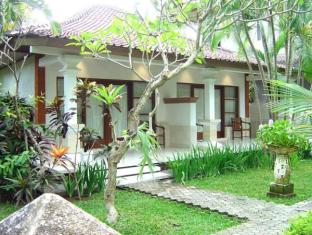 Bumi Ayu Bali - Hotel Aussenansicht