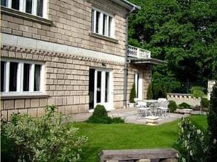 Villa Art Gyula - Exterior