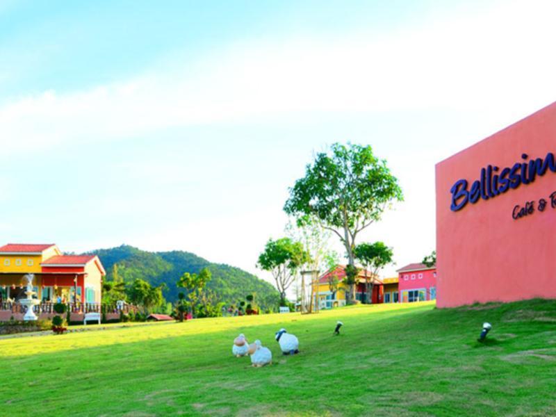 Hotell Bellissimo Cafe   Resort i , Ratchaburi. Klicka för att läsa mer och skicka bokningsförfrågan