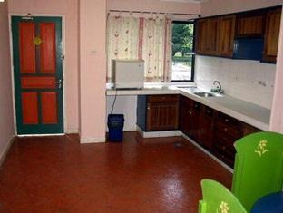 Casa Rachado Beach Resort Port Dickson - Kitchen Area