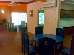 Casa Rachado Beach Resort Port Dickson - Dining Area