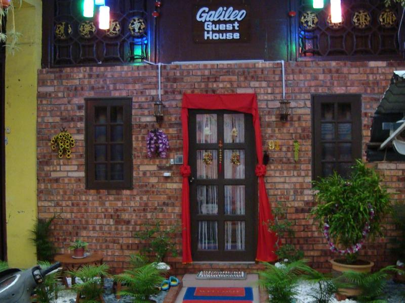Galileo Guesthouse Melaka - 2 star located at Jonker Street