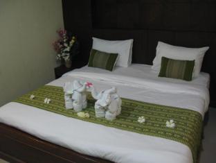 Triple Rund Place Phuket - Standard Room