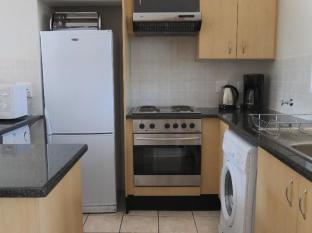 Times Square Executive Suites Johannesburg - Fully Equipped Kitchen for every self-catering need