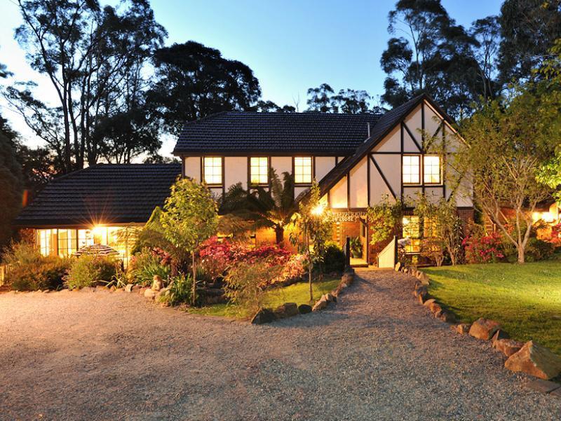 Holly Lodge - Hotell och Boende i Australien , Mount Dandenong Ranges