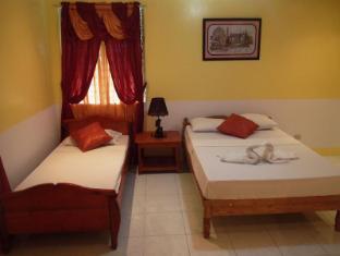 FloWer-Beach Resort בוהול - חדר שינה