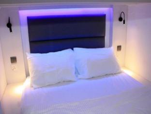 Wink Hostel Singapour - Chambre