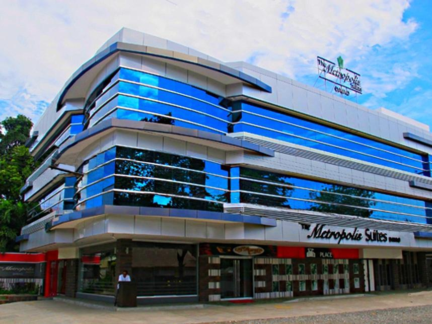 The Metropolis Suites Davao Давао