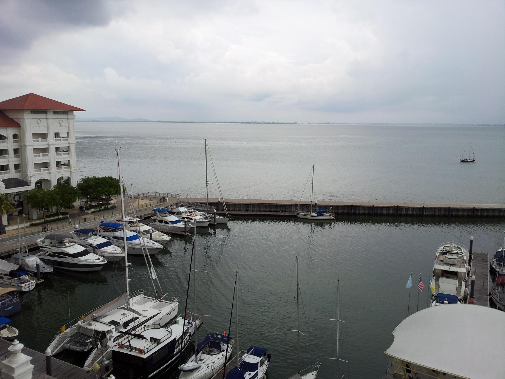 Straits Quay Marina Suites - Hotels and Accommodation in Malaysia, Asia