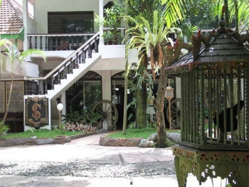 Splendid Inn - Hotels and Accommodation in Indonesia, Asia