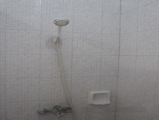 卡薩羅薩里奧酒店 宿霧 - 衛浴間