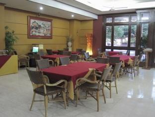 卡薩羅薩里奧酒店 宿霧 - 餐廳