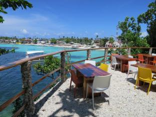Tepanee Beach Resort Malapascua Island - Amihan Restaurant