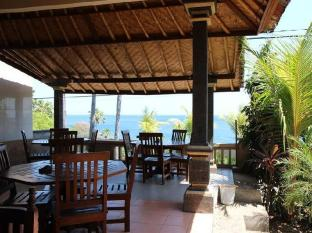Anugerah Villas Amed Bali - Food, drink and entertainment