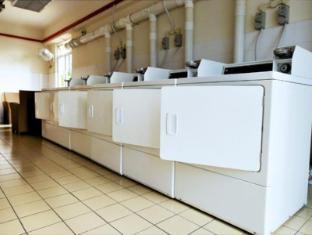 KamarSuites@ Seri Bukit Ceylon Kuala Lumpur - Laundry Area