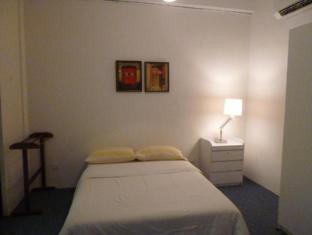 Frangipani Home Vacation @ Bukit Bintang Kuala Lumpur - Bedroom