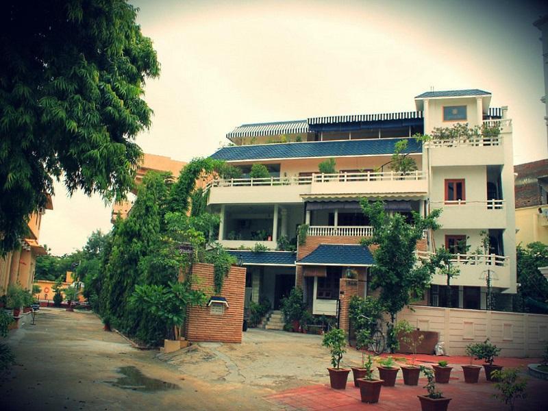 Girisadan Homestay - Jaipur