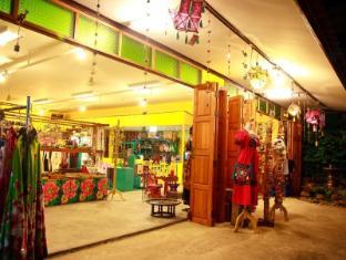 chezmoi handicraft & homestay