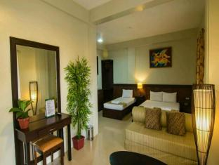 Driggs Pension House General Santos - Family Room