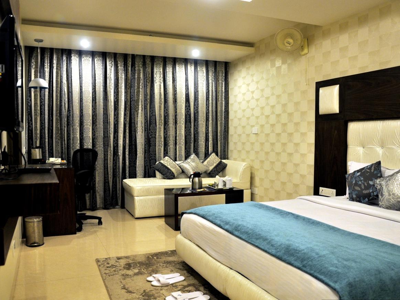 Diamond Plaza Hotel - Chandigarh