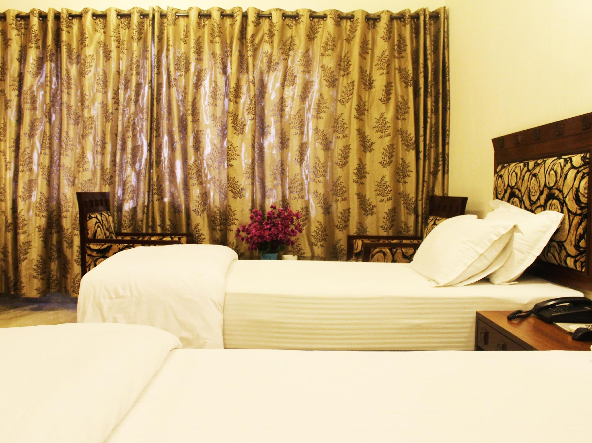 Hotel Taj Darbar Bodhgaya - Hotel and accommodation in India in Bodh Gaya