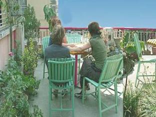 Hotel Backpackers Kathmandu - Roof Top Restaurant