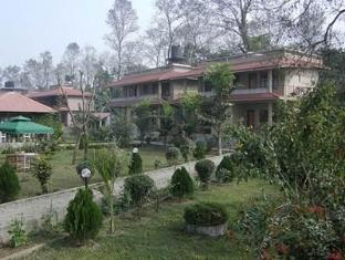 River Bank Inn Chitwan Nationalpark - Hotel Aussenansicht