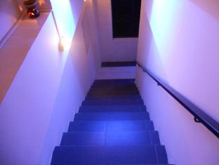 Check Mate Guest House Kuala Lumpur - Stairs