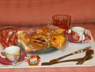 Cornelia Resort Rome - Breakfast
