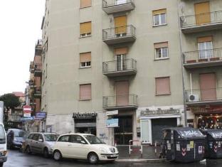 Cornelia Resort Rome - Exterior