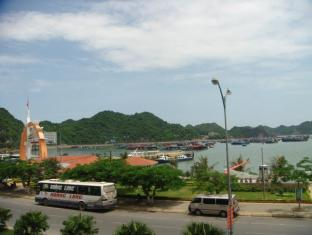 My Ngoc Hotel Cat Ba Island - View