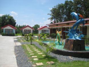 benelux resort