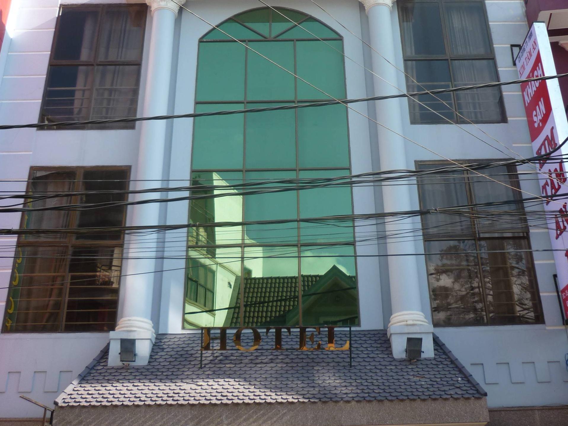Ngoc Nhu Y Hotel - Hotell och Boende i Vietnam , Dalat