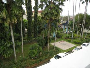 Traveller Homestay Kuching - Surroundings