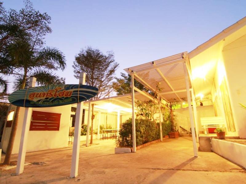Hotel Suntree Home