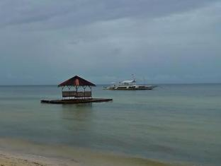 Sea Corals Beach Resort Bohol - Pantai