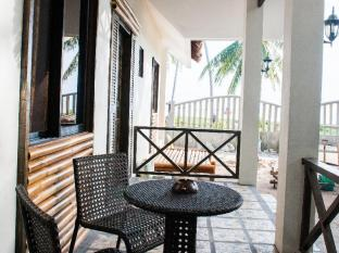 Sea Corals Beach Resort Bohol - Balcony/Terrace