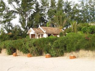 Ki-em Arthouse Resort Nha Trang - Beach