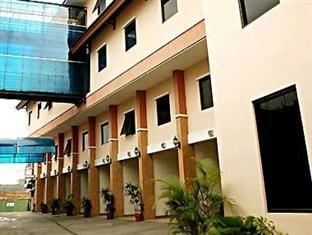 Bukit Dago Hotel Bandung - Tampilan Luar Hotel
