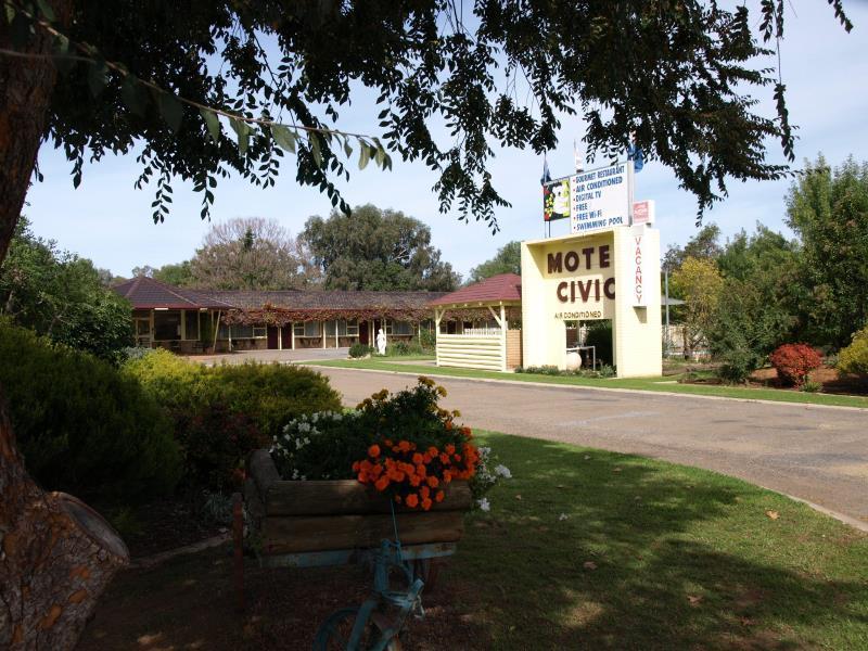 Civic Motor Inn - Hotell och Boende i Australien , Cowra