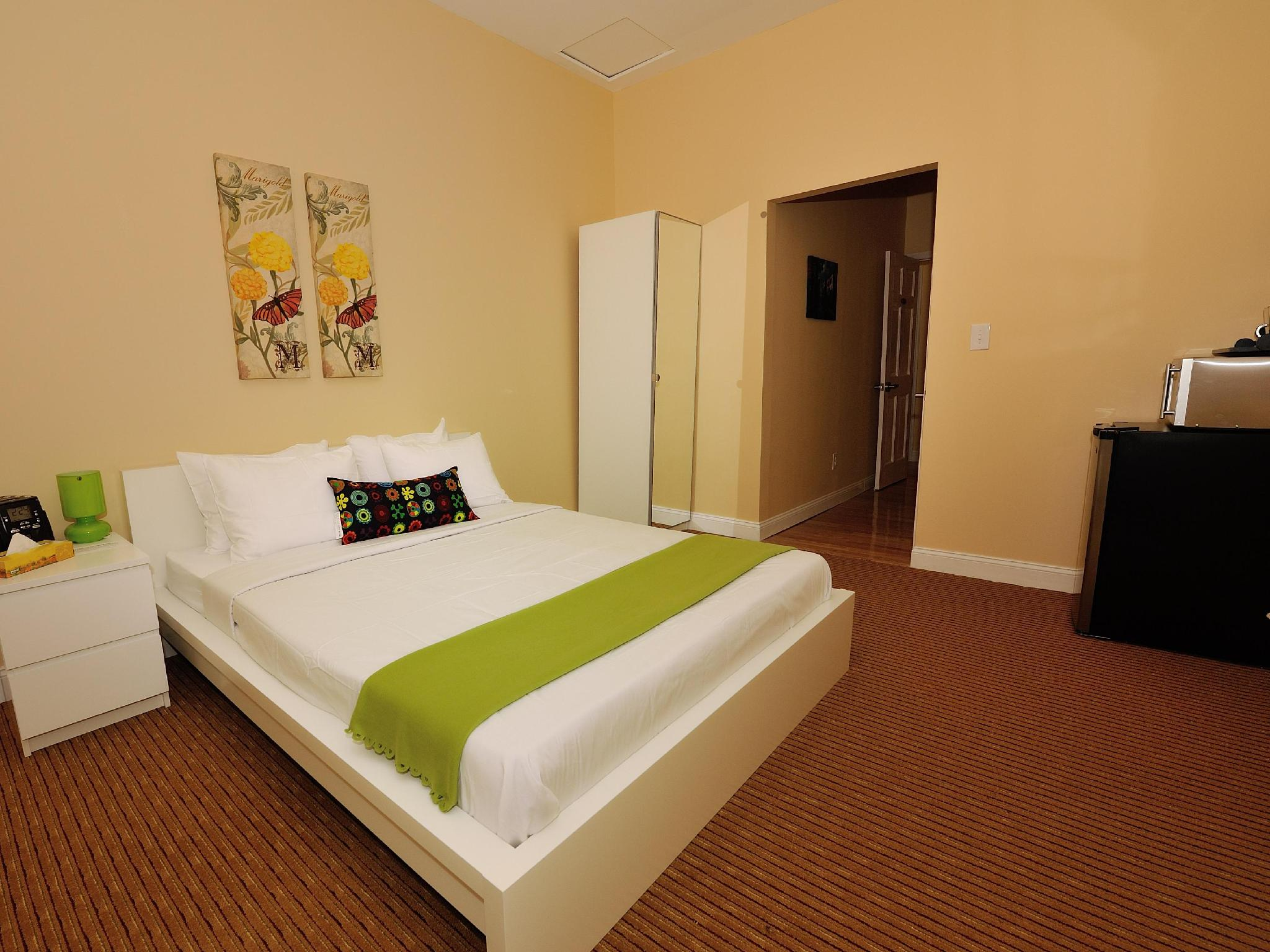Midwood Suites Brooklyn - Hotel and accommodation in Usa in New York (NY)