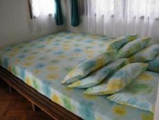 Villa G24 Puncak - Guest Room