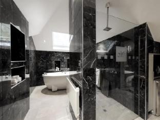 Montfort Manor Bed & Breakfast Gippsland Region - Marble Bathroom