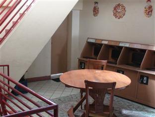 CLM Dormitory Cebu - Internet Cafe