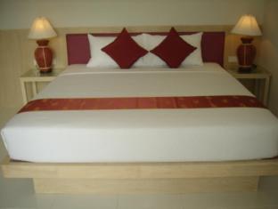 Kamala BS Hotel פוקט - חדר שינה