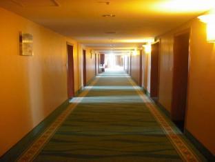 Room photo 9 from hotel Qibao Hotel