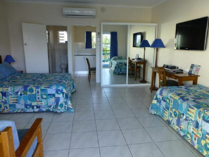 Airlie Court Holiday Units - Hotell och Boende i Australien , Whitsundays